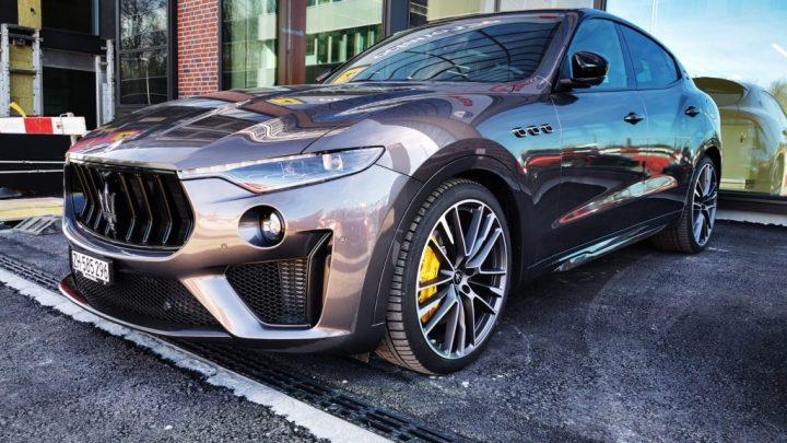 Video: Testen Sie die Maserati Levante Trofeo. Wie fährt man einen SUV von Maserati mit einem Ferrari-Motor?