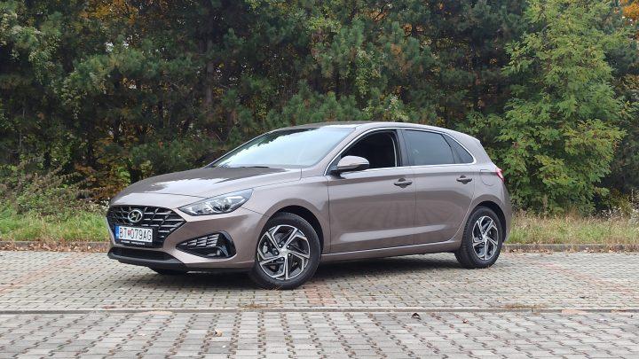 Test Hyundai i30 1,5 DPi 2020. Wie fahre ich nach der Aktualisierung I30?