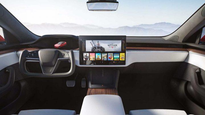 Tesla hat das aktualisierte Modell S und Modell X vorgestellt. Das Update bietet ein modernes Interieur und hohe Leistung.