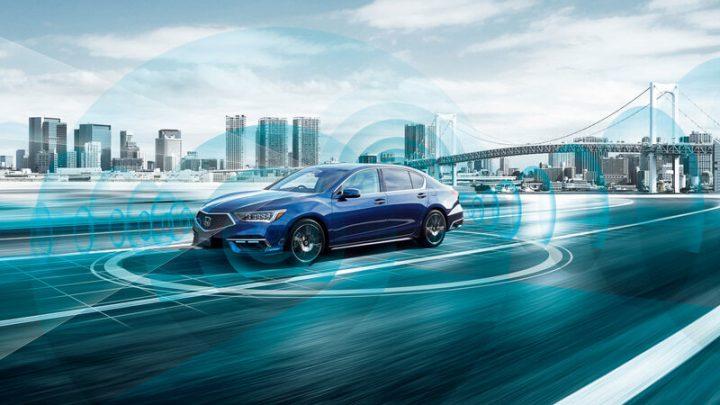 Der aktualisierte Honda Legend ist das erste Fahrzeug der Welt mit einem Autopiloten der dritten Generation.
