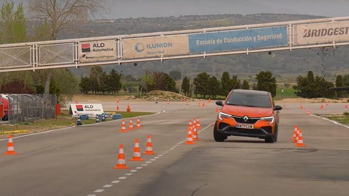 Renault Arkana hat den Elchtest bestanden. Mit welcher Geschwindigkeit kann er umgehen?