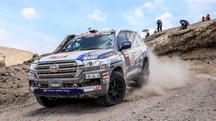 Der Toyota Land Cruiser 300 wird 2023 an der Rallye Dakar teilnehmen.