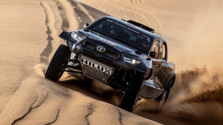 Der neue Toyota Hilux bei der Dakar ist größer, hat aber einen kleineren Motor.
