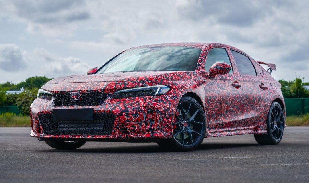 Honda hat den neuen Civic Type-R leicht vorgestellt.
